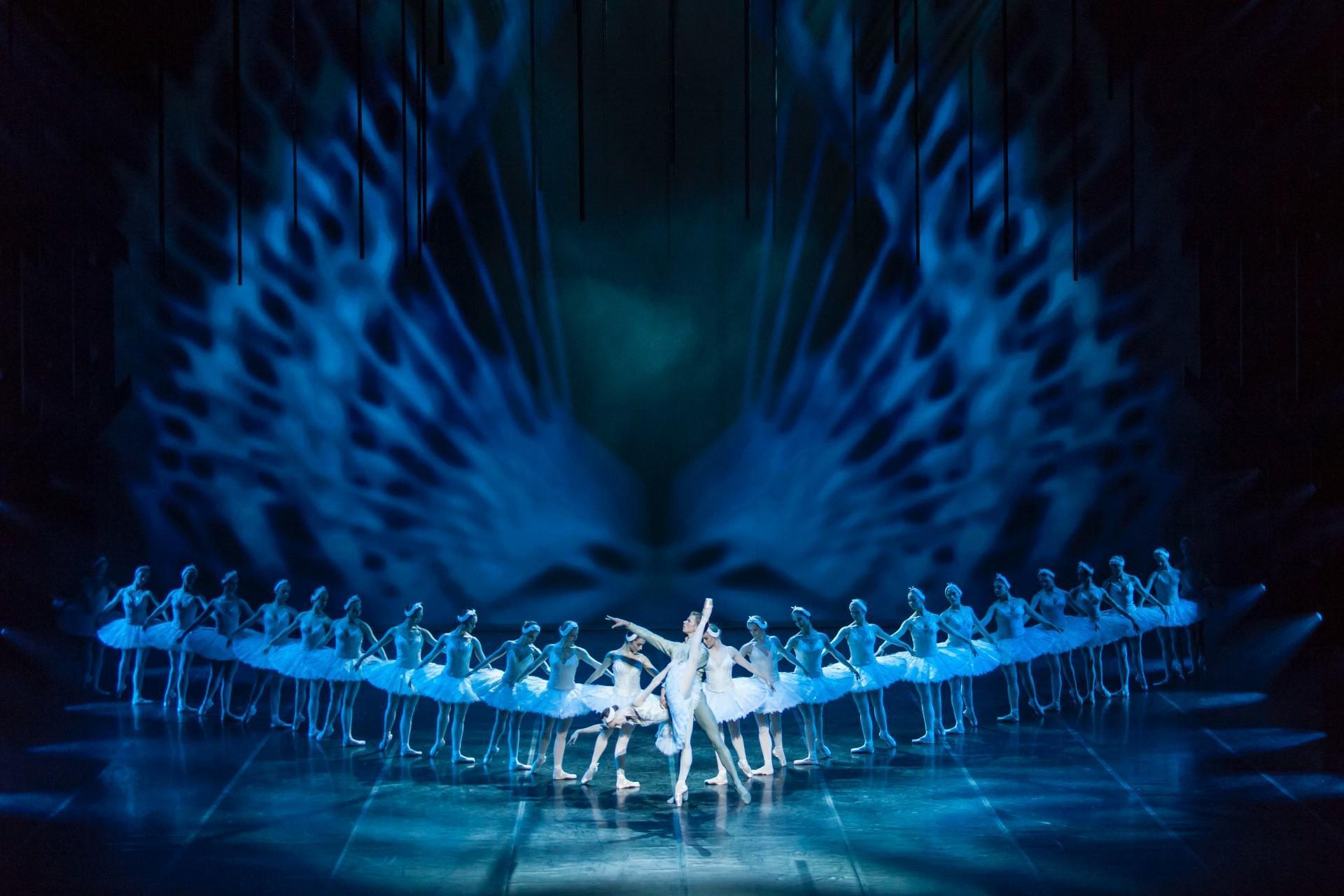 Svanesøen, Anmeldelse, Nikolaj Hübbe, Den Kgl. Ballet